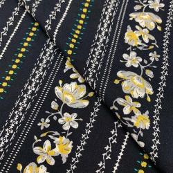 Tkanina wiskozowa chally - kwiaty w pasach