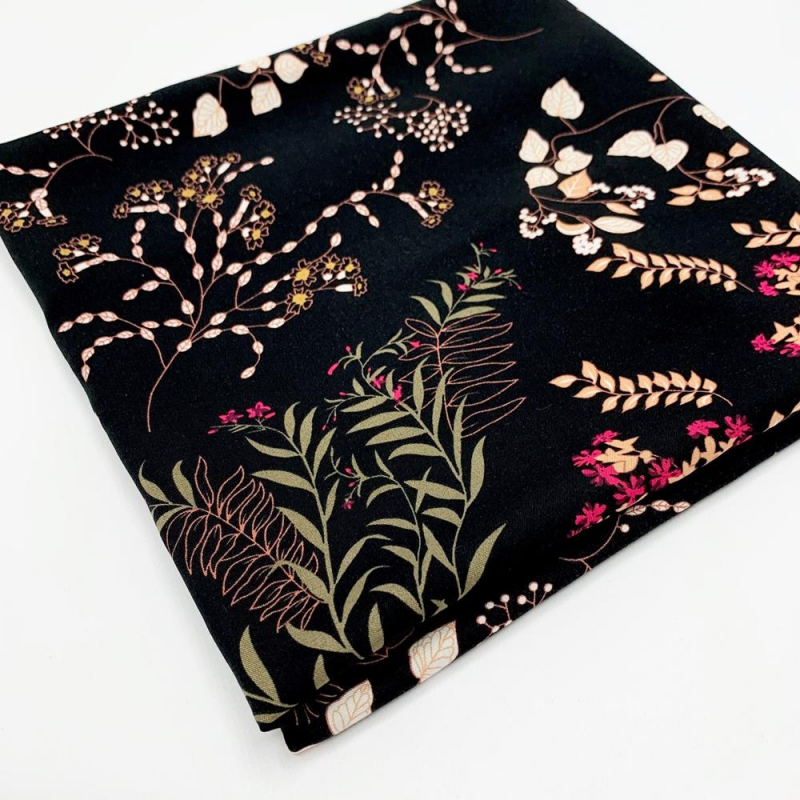 Tkanina wiskozowa chally - liście na czarnym